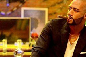 الفنان الشاب محمد رمضان يستعرض ثروته وممتلكاته علي مواقع التواصل الاجتماعي