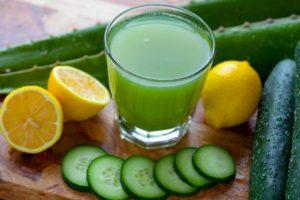 فوائد عصير الخيار بالليمون للجسم وطريقته الفعاله لتحسين الجسم بالكامل